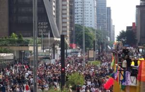 A irreverência na mais  tradicional avenida de São Paulo
